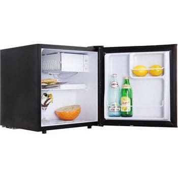 Барный холодильник в аренду 50 литровый Tesler 45 л. холодильное отделение, 5 л. морозильное отделение, черный.